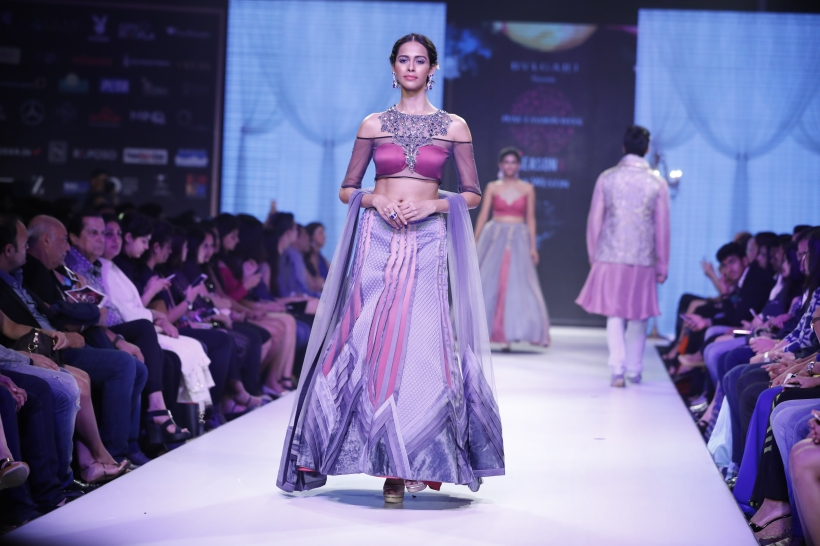 Model showcasing Designer Nivedita Saboo's collection at the 6th edition of Pune Fashion Week Grand Finale1.JPG