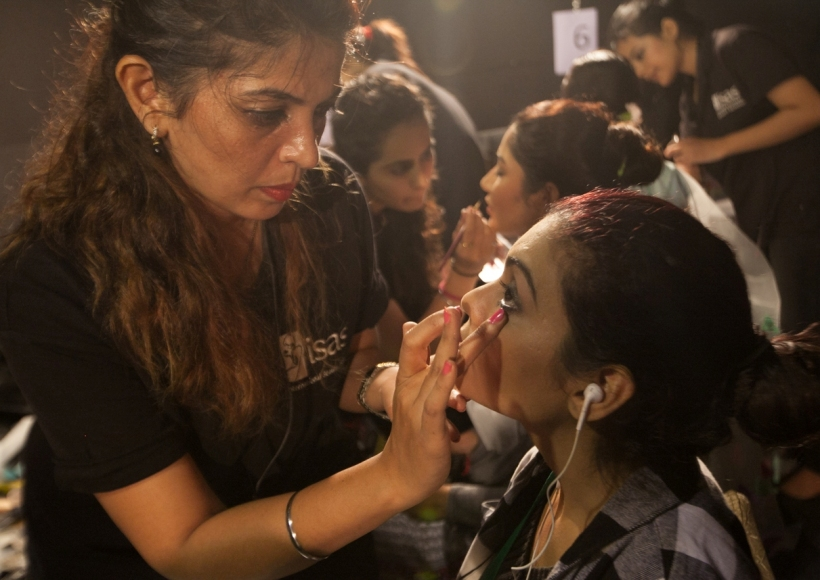 Pune Fashion week, Backstage Makeup2.jpg